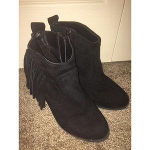 Black Ankle Boot w/ Tassel Details on Both Sides